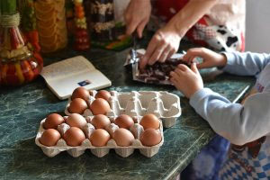 10 Things That Every Family Kitchen Should Have